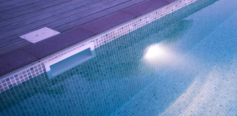 Wikipool, Breddavloppet har ett sörplande ljud, Pool Store